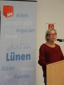 Brigitte Cziehso zog als Vorsitzende der SPD-Kreitstagsfraktion Bilanz der vergangenen 5 Jahre