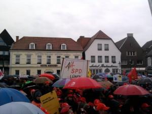 Gut besucht trotz Regen - unübersehbar die Afa der SPD Lünen