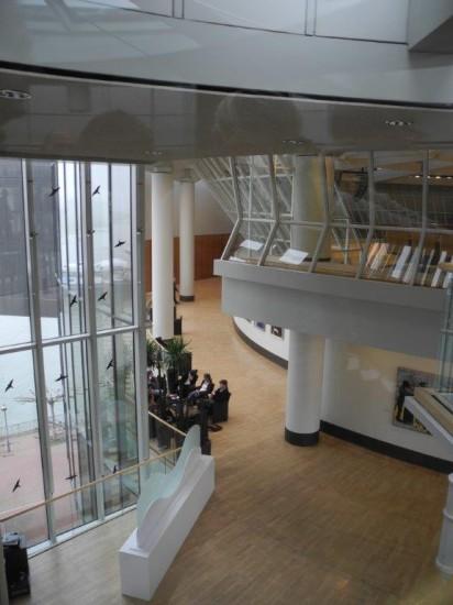Lichtdurchfluteter NRW-Landtag