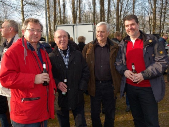 Udo Kath im Gespräch mit MdB Michael Thews (rechts)