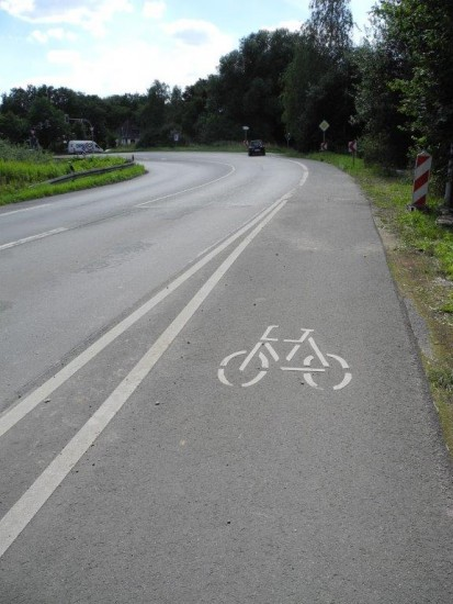 Auf der Hammer Straße endet der Radweg vor der Kreuzung B 61