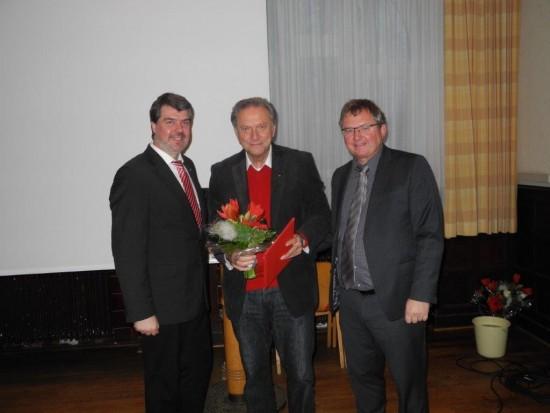 v.l.: Michael Thews, Wilfried Kolodziejski (40 Jahre Mitgliedschaft), Udo Kath