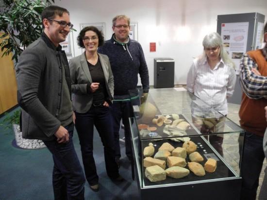 Mark Schrader und Dr. Bettina Tremmel (v.l.) referierten zur Ausstellungseröffnung