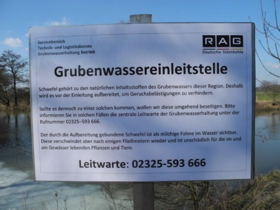 RAG-Hinweisschild an der Einleitungsstelle Grubenwasser Rothenbach